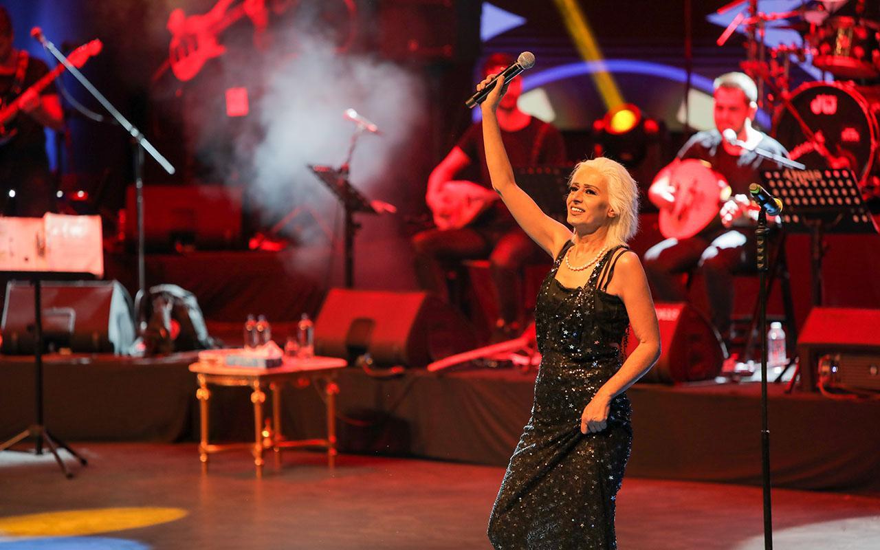 Harbiye Cemil Topuzlu Açıkhava Sahnesinde Yıldız Tilbe Fırtınası!