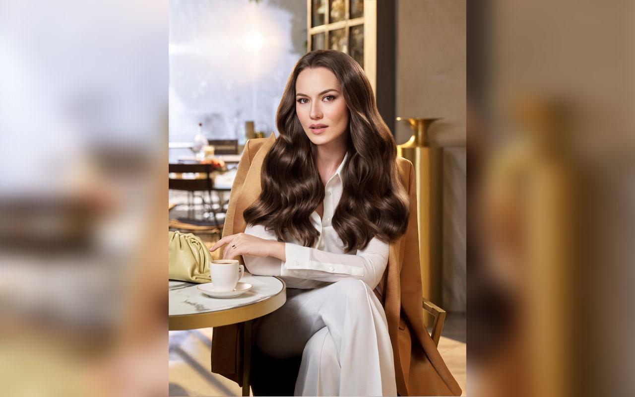 Fahriye Evcen Reklam Filmiyle Şimdide Orta Asya'da!