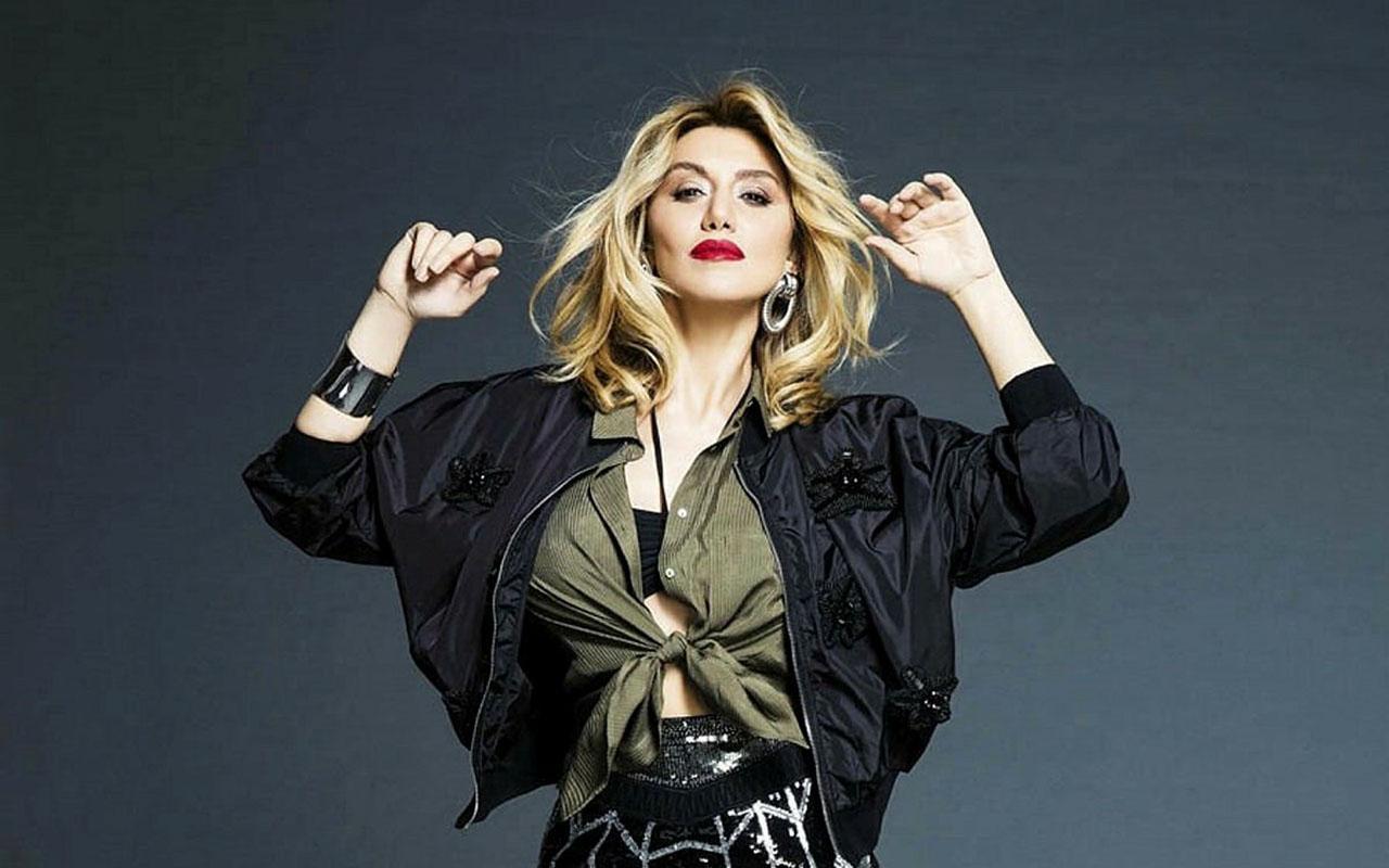 Ünlü Şarkıcı Zeynep Mansur Bakın Nasıl Tacize Uğradı?