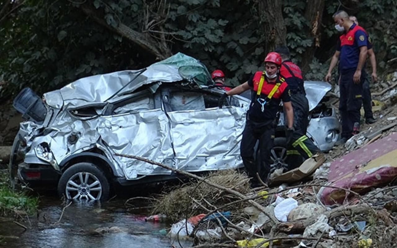 Feci kazada anne ve kızı olay yerinde hayatını kaybetti!