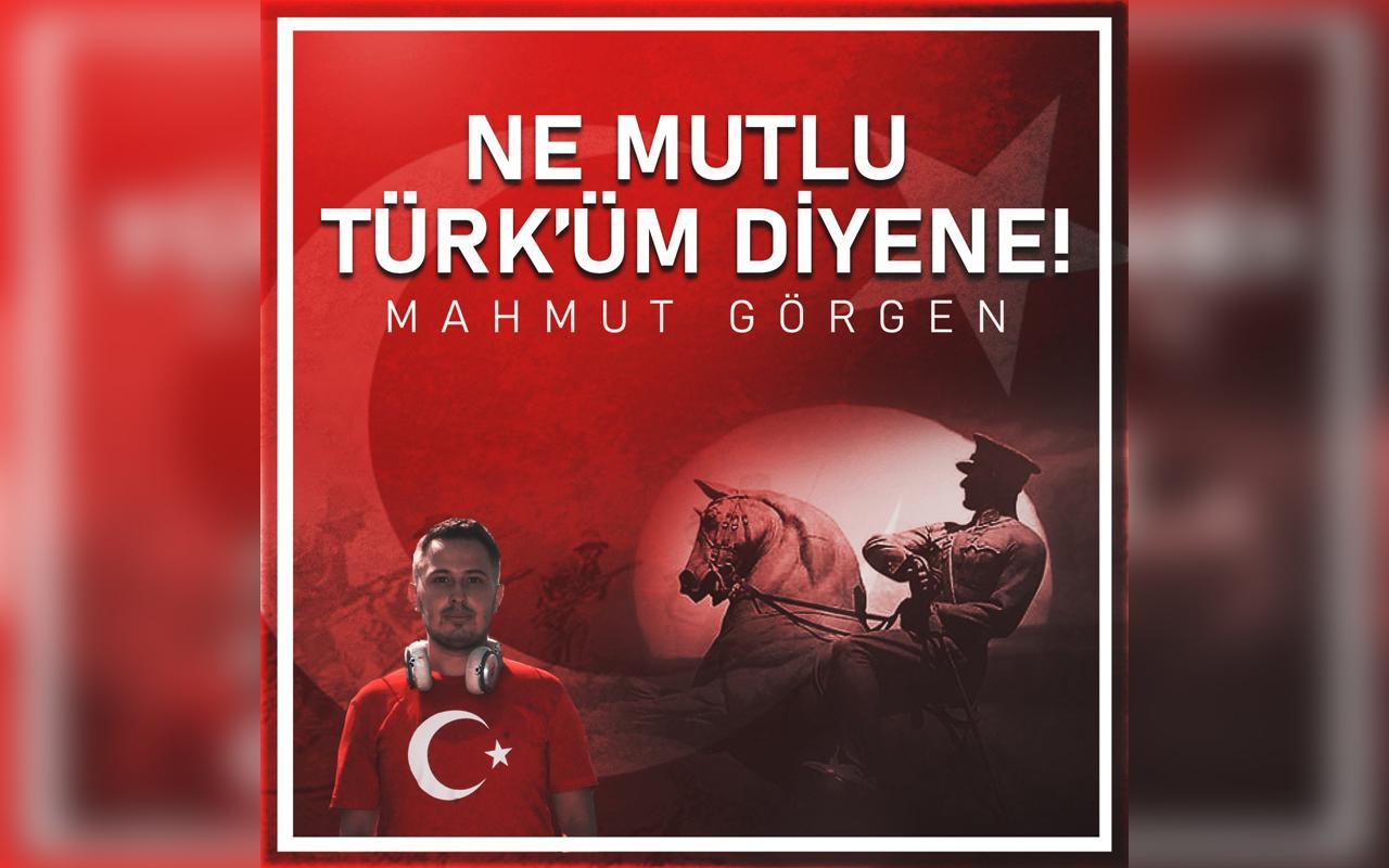 Ne Mutlu Türk'üm Diyene şarkısının tüm gelirleri Mehmetçik Vakfına Gidecek!