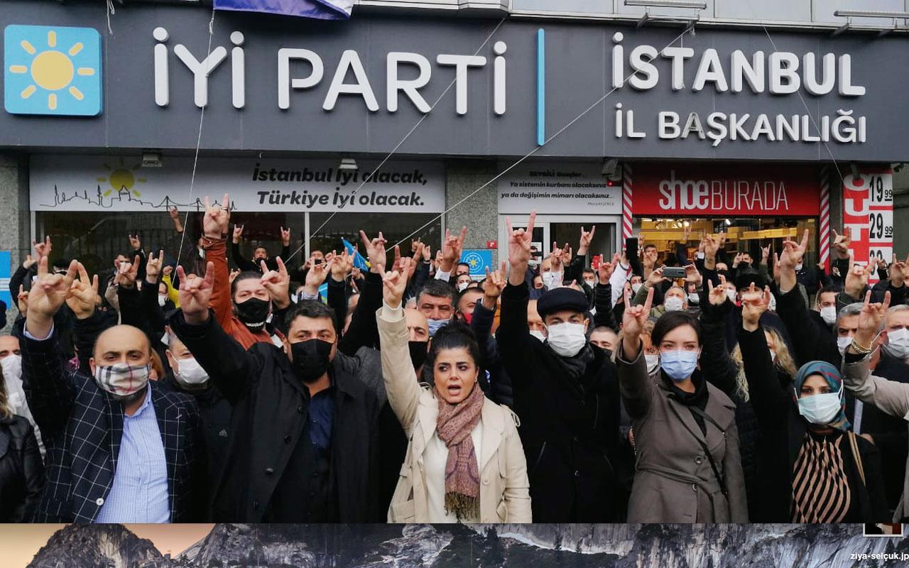 İYİ Parti'li bir grup eylem yapıp İstanbul İl Başkanı'nın istifasını istedi