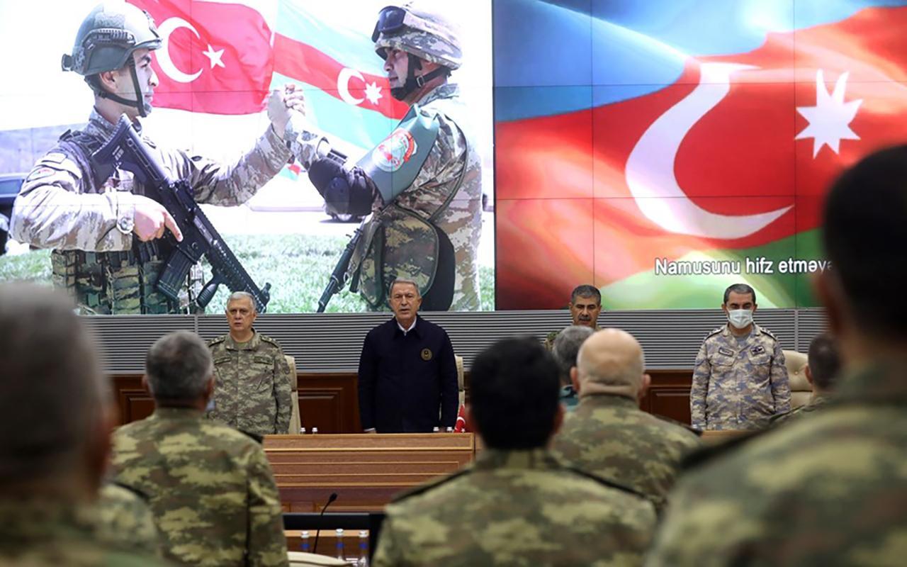 Milli Savunma Bakanı Hulusi Akar'dan bomba açıklamalar!