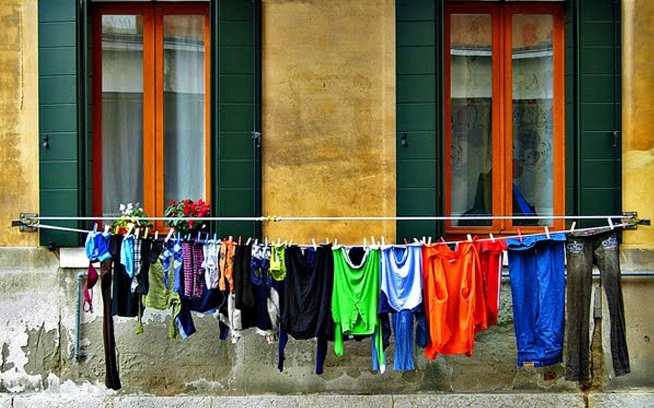Şanlıurfa'da bir genç kız çamaşır asarken feci şekilde can verdi