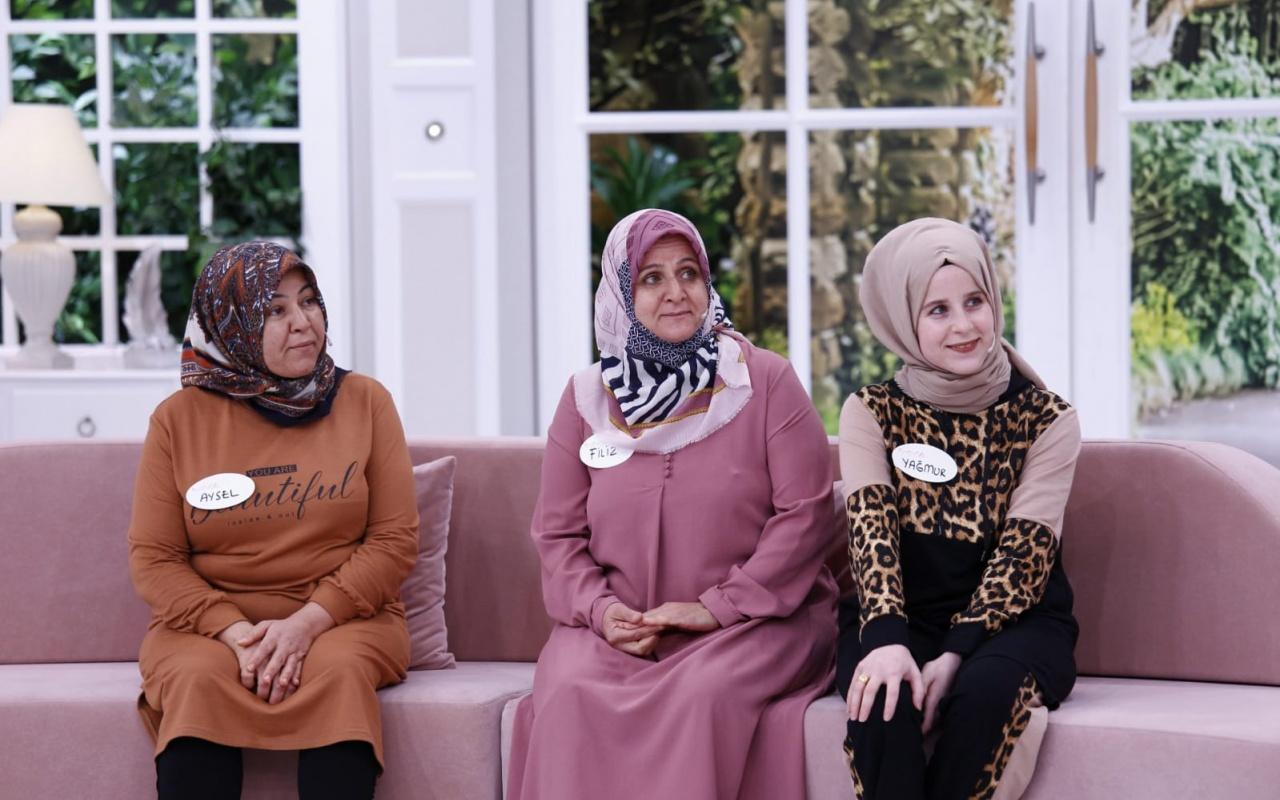 Esra Erol 3 çocuk annesi kayıp Özlem'i buldu