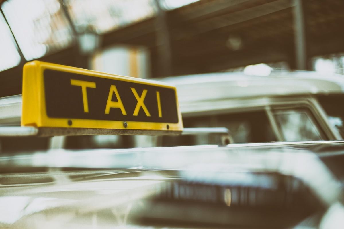 İstanbul'da minibüs, dolmuş, taksi ücretlerine zam yapıldı