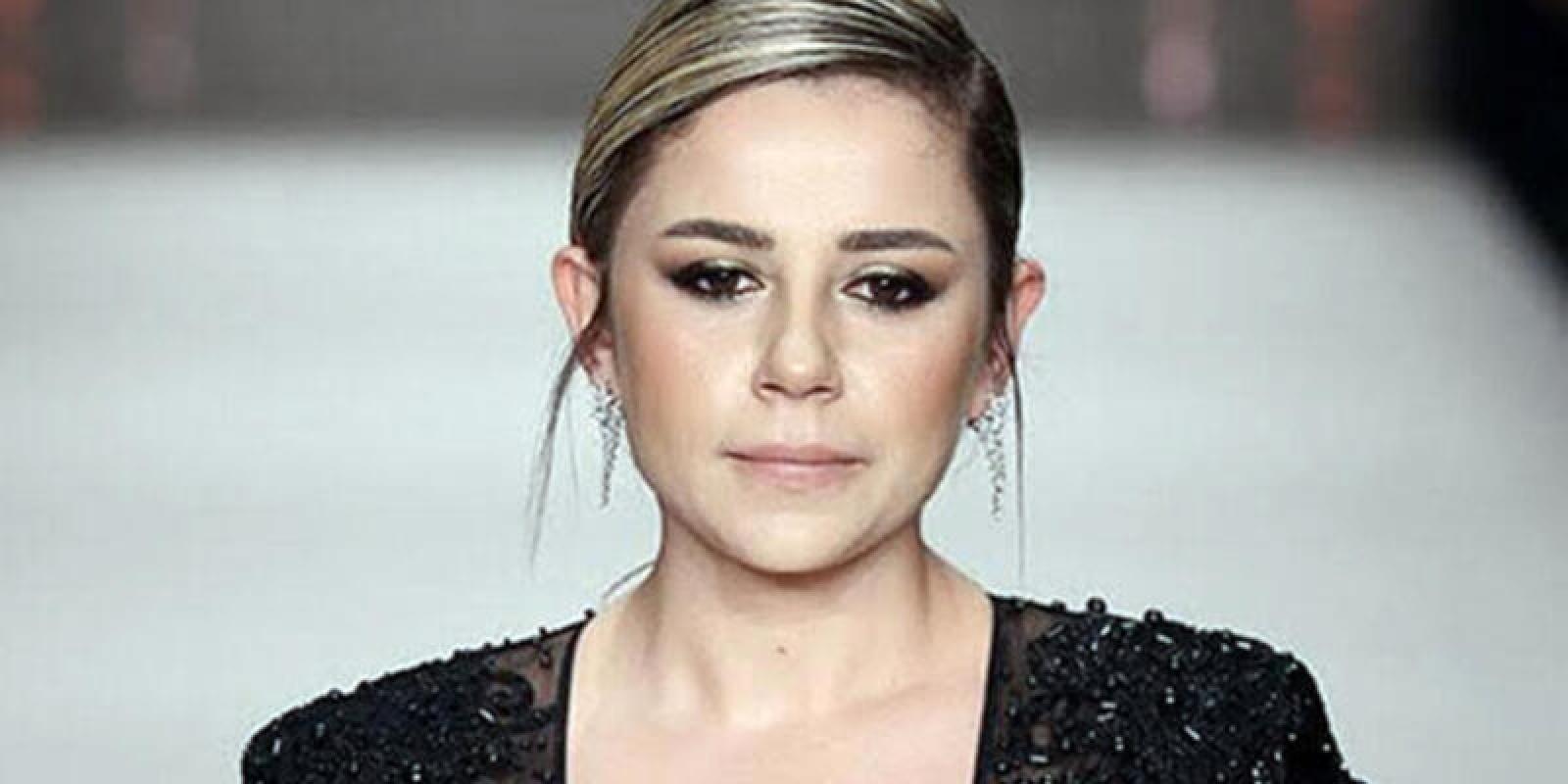 Şarkıcı Merve Özbey'in acı günü