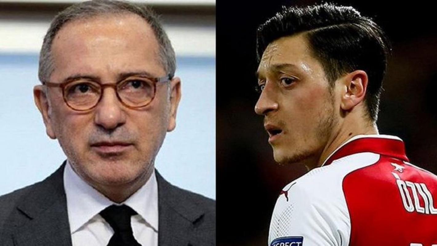 Fatih Altaylı Mesut Özil'in sarı lacivert aşkını yazdı