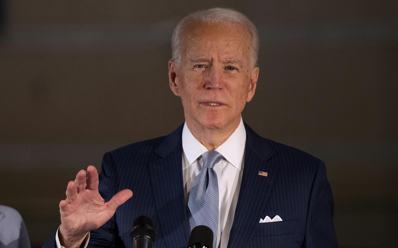 Joe Biden Kongre binasını basan göstericiler için terörist dedi