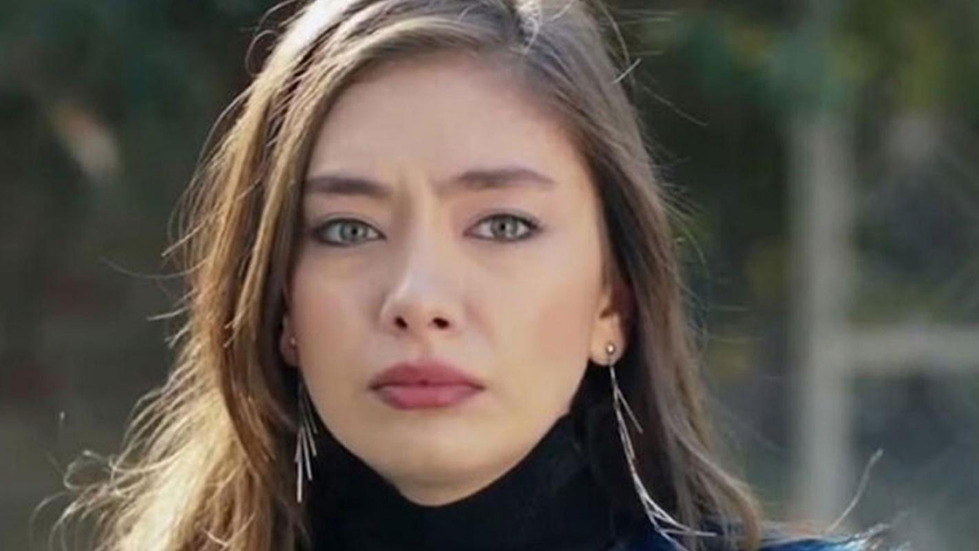 Sefirin Kızı hayranlarını üzecek haber! Neslihan Atagül diziye veda etti.