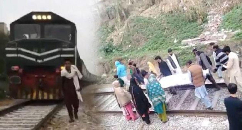 Tiktok videosu çekerken tren çarpınca hayatını kaybetti!