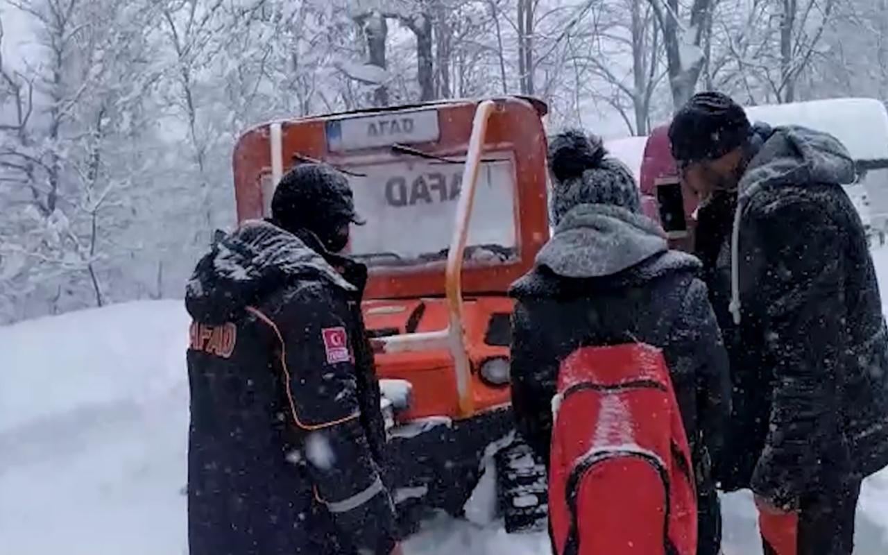 Yalova'da kamp yaptıkları sırada mahsur kalan 20 kişi kurtarıldı
