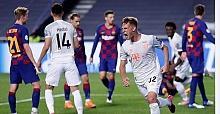 Bayern Münih Barcelona'yı ezdi geçti