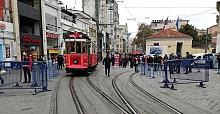 Beyoğlu İstiklal Caddesi'nde 7 bin kişi kısıtlaması başladı