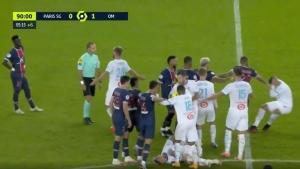 Paris Saint Germain-Marsilya maçında kavga